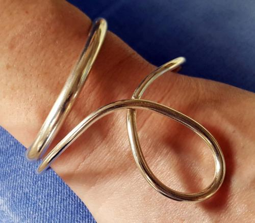 'D' Profile Cuff and Wave Bangle